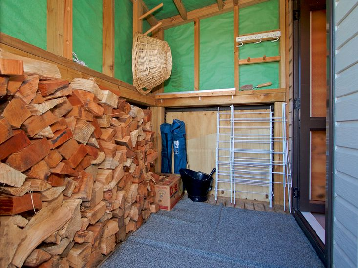 Firewood and Drying Room