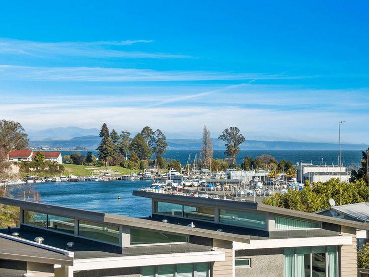 24 Marina View Retreat - Taupo Holiday Apartment - Views