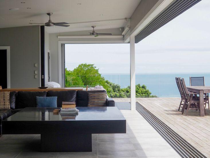 luxury accommodation raglan nz