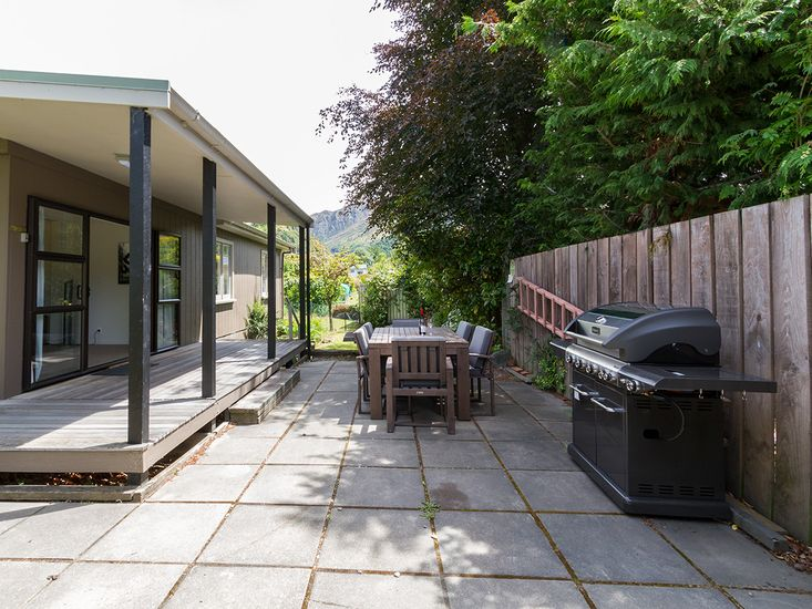 Outdoor Living / BBQ Area