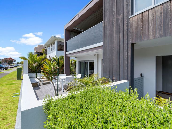 sea view apartment - mount maunganui