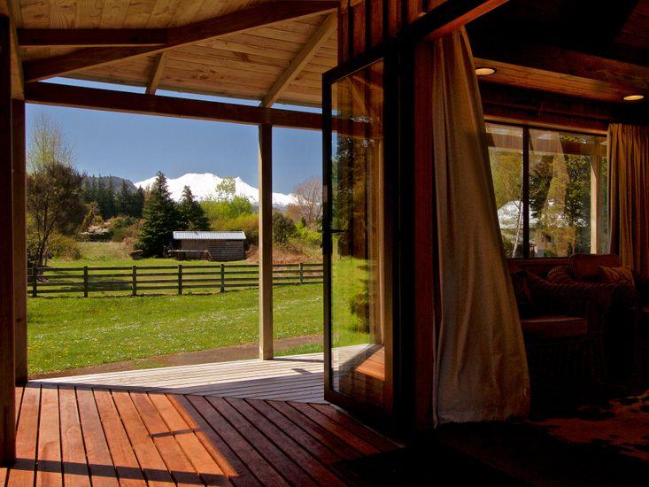 Indoor / Outdoor Living - Mountain Views