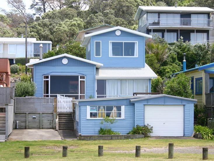 Seasong - Waihi Beach Holiday Home