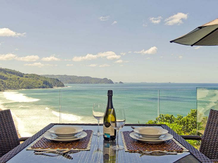 The Lookout - Tairua Holiday Home