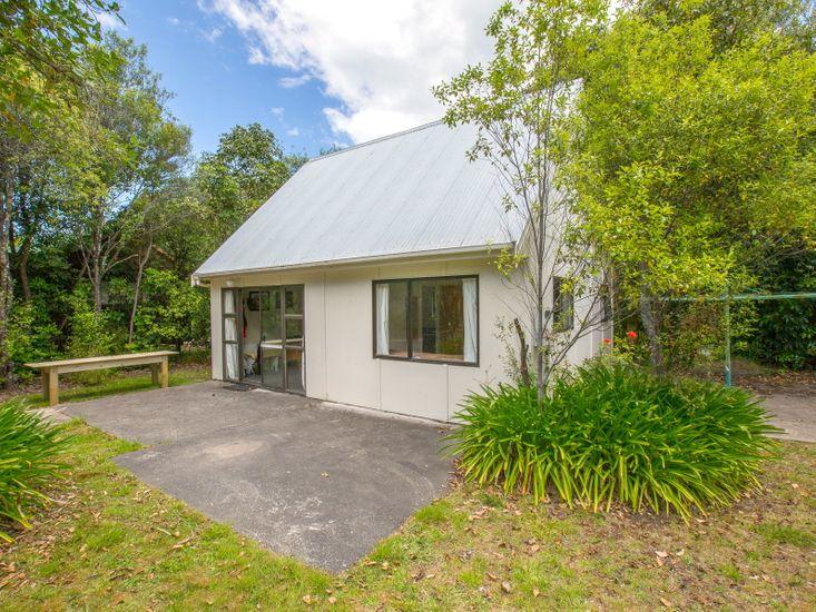 Pihanga Cottage - Kuratau Bach