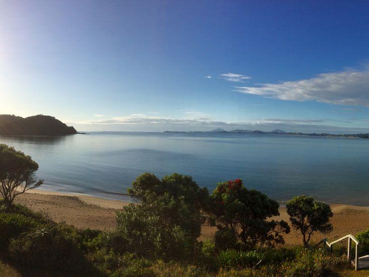 BeachBox - Tutukaka Holiday Home - Beachfront Views
