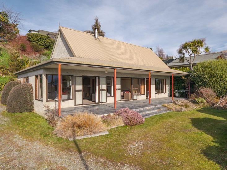 Sycamore Place - Wanaka Holiday Home