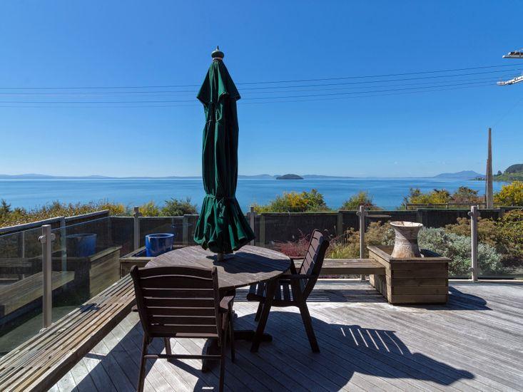 Outdoor Living & Lake Views