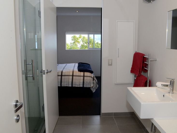Bedroom 2 - Ensuite