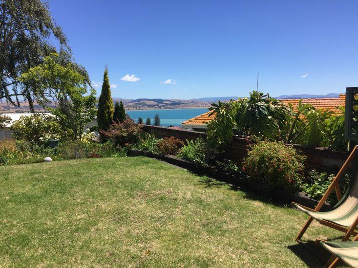 Jacaranda Lodge - Napier Hill Holiday Home