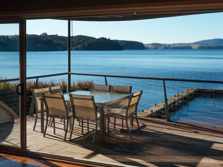 Bay Lodge - Outdoor Dining