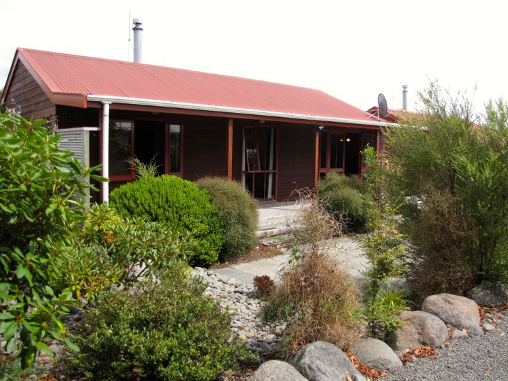 Alpine Cabin - Ohakune Holiday Home