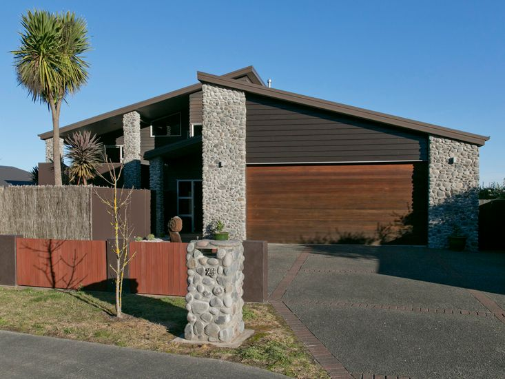 Riverstone Holiday Home  - Taupo Holiday Home
