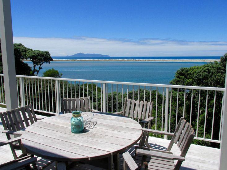 Mangawhai Holiday Home - Sea Views