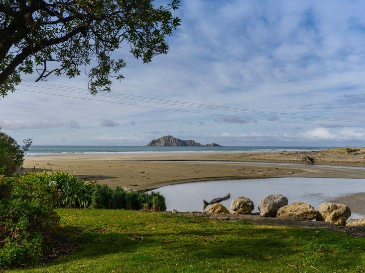 Estuary and Beachfront Views