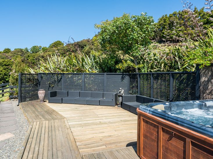 Outdoor Living & Spa