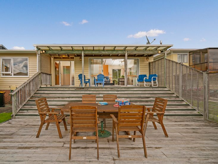 Get-Away at Cooks - Cooks Beach Holiday Home