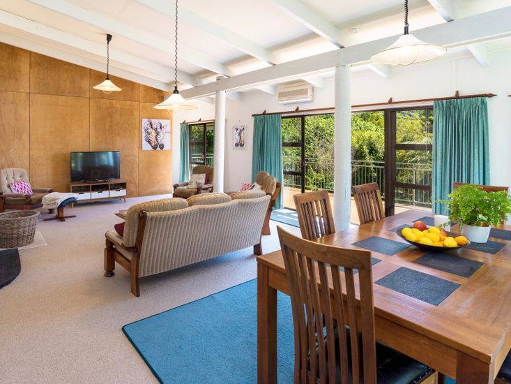 Dining, Lounge - Upstairs