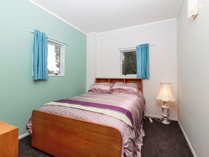 Bedroom 5 - Level 1