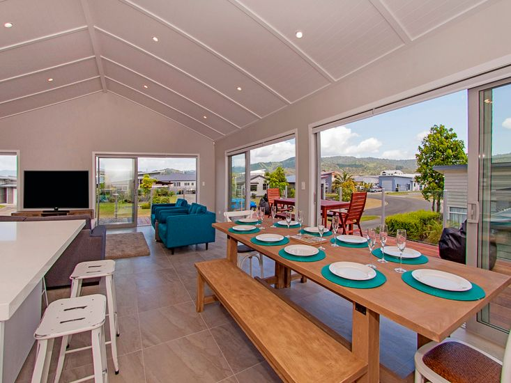 Taatletails Rest - Whitianga Holiday House - Views from Living Area