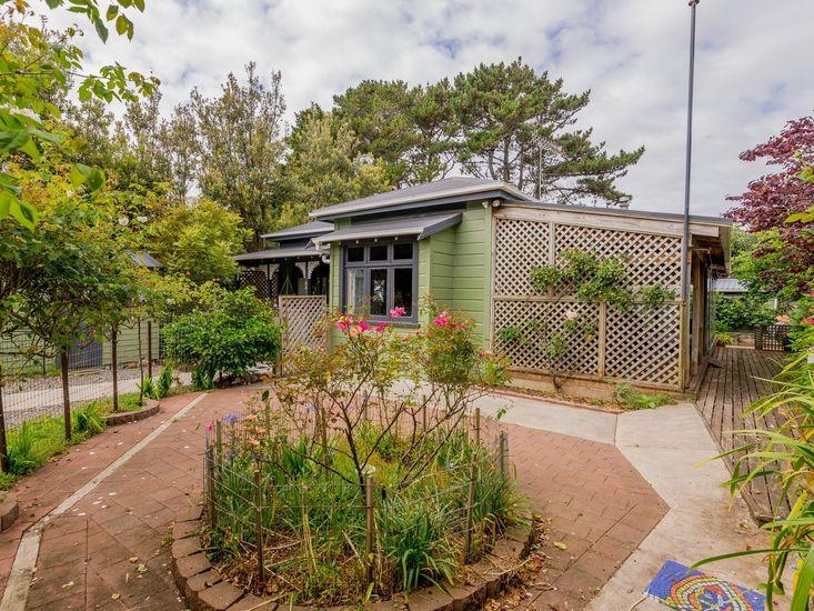 Exterior / Garden Area