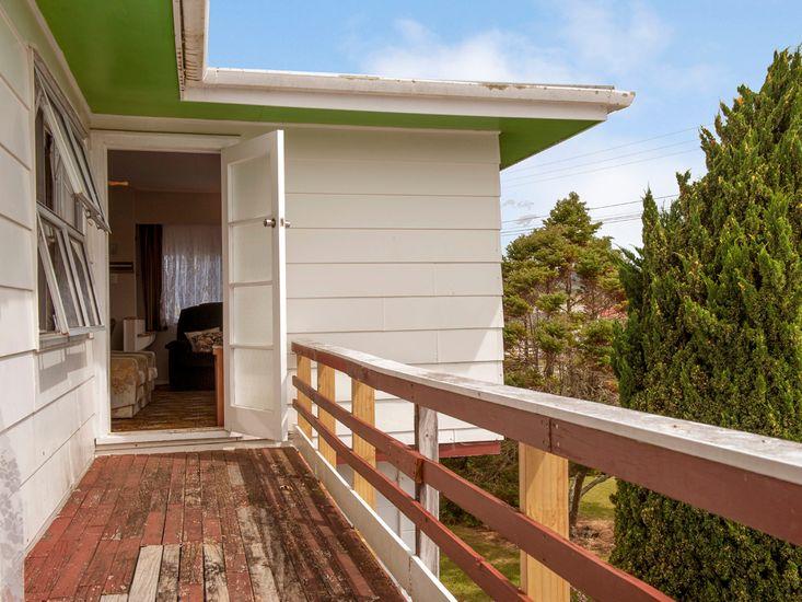 Upstairs Deck