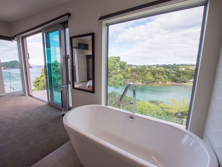 Bath with a View - Bedroom 1