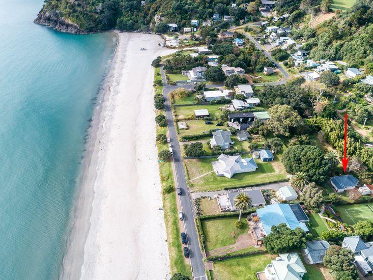 Onetangi Beach - less than a minute from Onetangi Cottage
