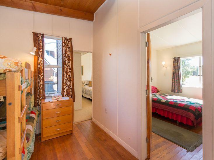Bedroom 3 to Bedroom 2