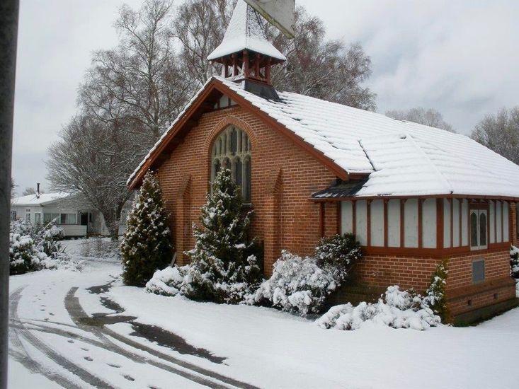 St Marys Vicarage Retreat - Raetihi Holiday Home - On-Site Church