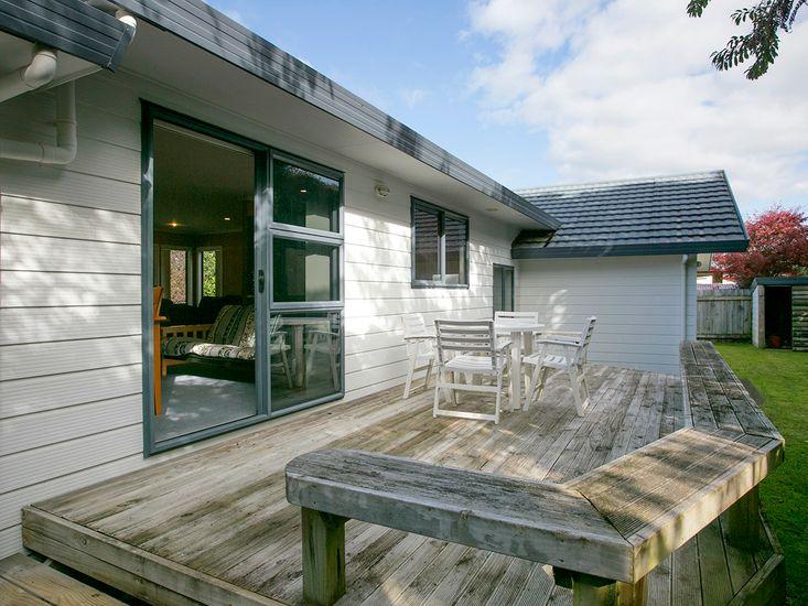 Laid Back on Lakewood - Taupo Holiday Home