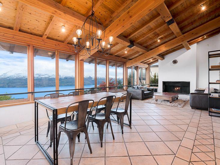 Dining Area onto Lounge - tiles have underfloor heating
