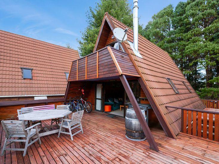 Outdoor Living & BBQ Area