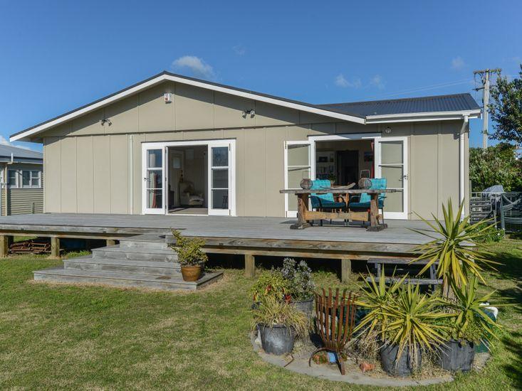 Harper Haven - Waimarama Holiday Home