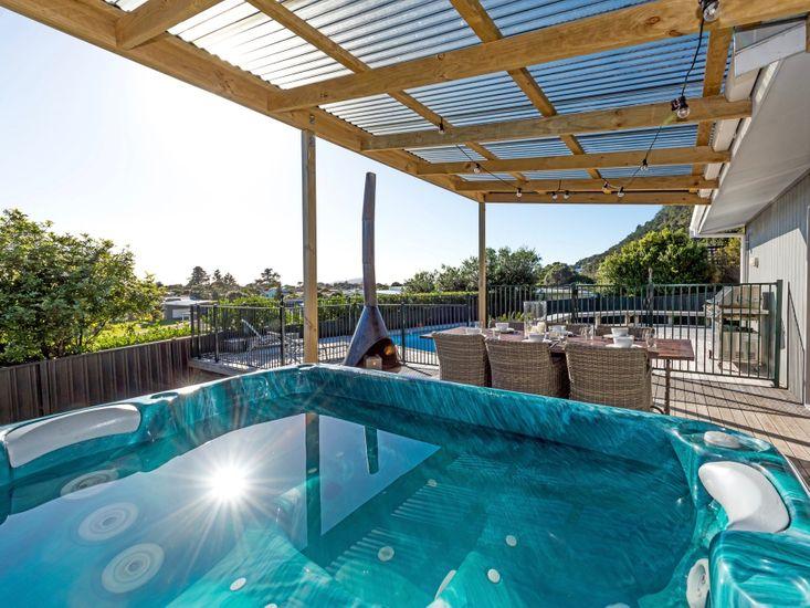 Pauanui Holiday Home - Spa Pool