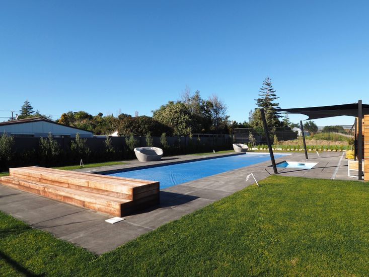Swimming Pool - fully fenced (shared facility)