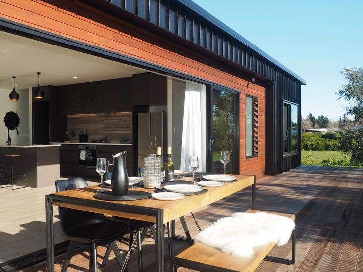 Pinot Longbox - Martinborough Holiday Home - Indoor/Outdoor Living