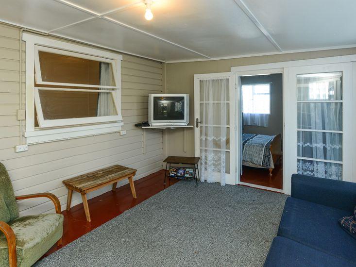 TV Room to Bedroom 2