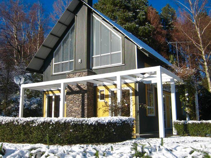 Gondwana Lodge - Ohakune Holiday Home - Winter Season