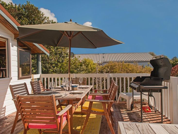 Perfect on Pleasant - Pauanui Holiday Home - Outdoor Living