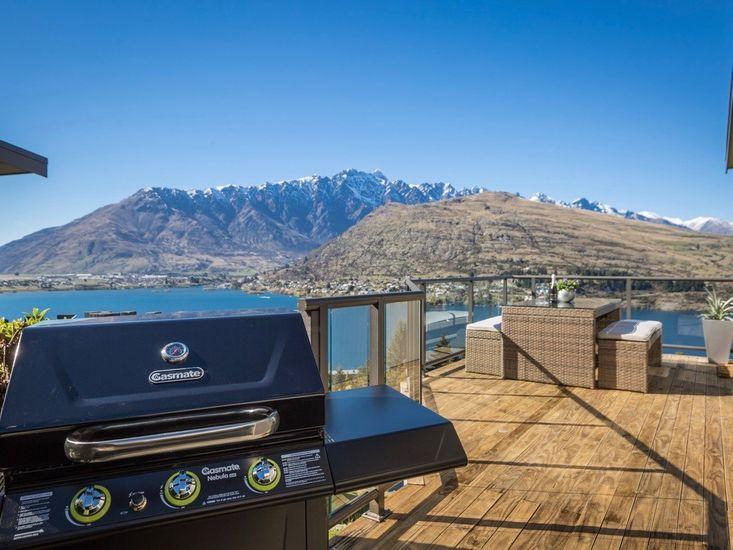 Outdoor Living & BBQ