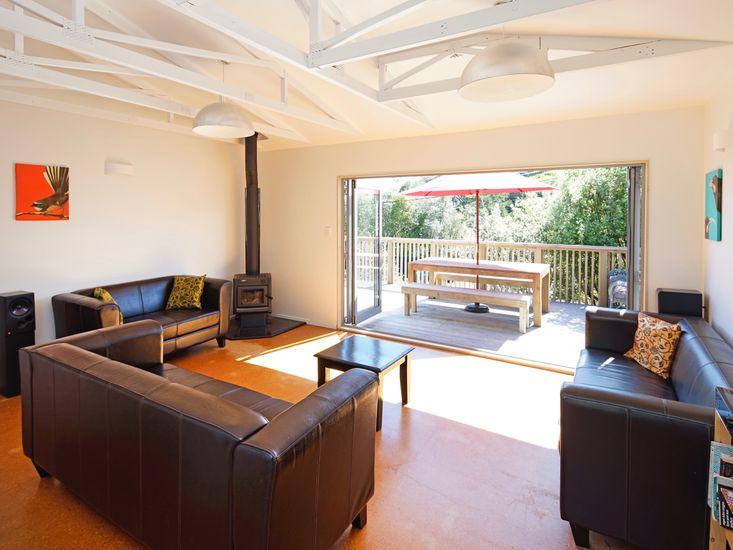 Lounge - Indoor/Outdoor Living