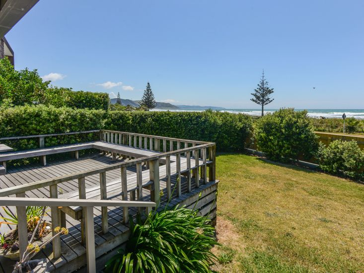Front Yard and Views to The Beach