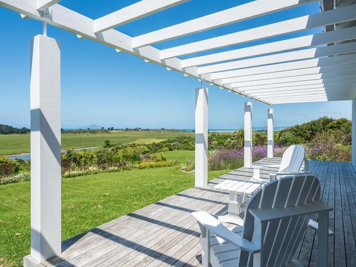 Northland Beauty - Waipu Holiday Home - Outdoor Living