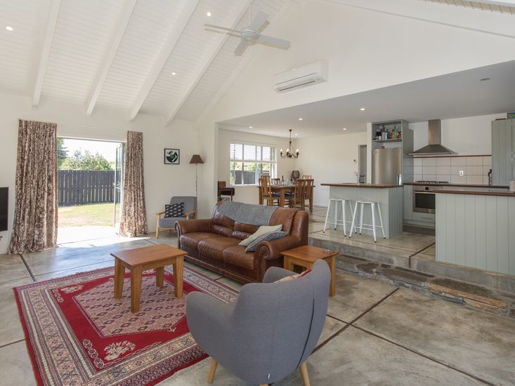 Modern Cottage Charm - Albert Town Holiday Home Living, Dining, Kitchen