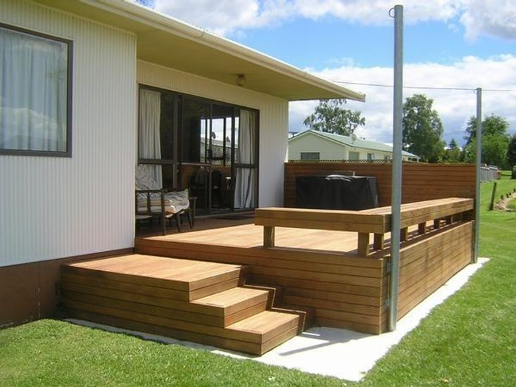 The Bach front deck
