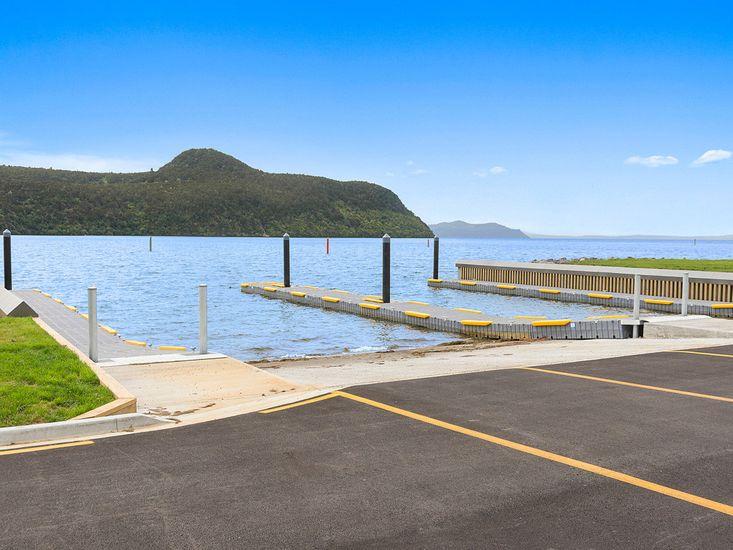Nearby Motuoapa Marina