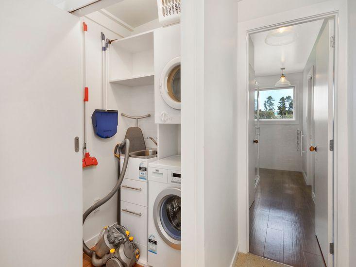 Laundry/Bathroom 1