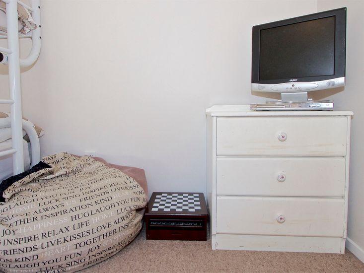 Bedroom 3 - TV