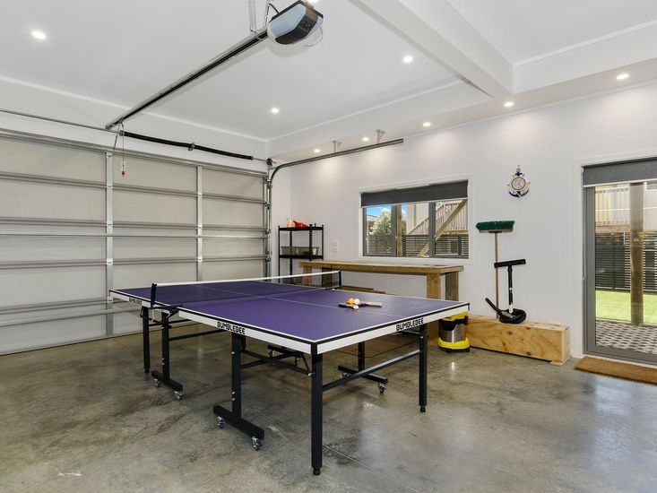 Garage + Table Tennis